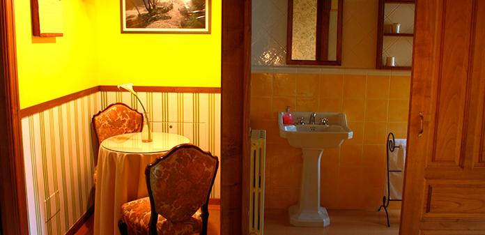 cuarto palmira lampara Casa de Roque