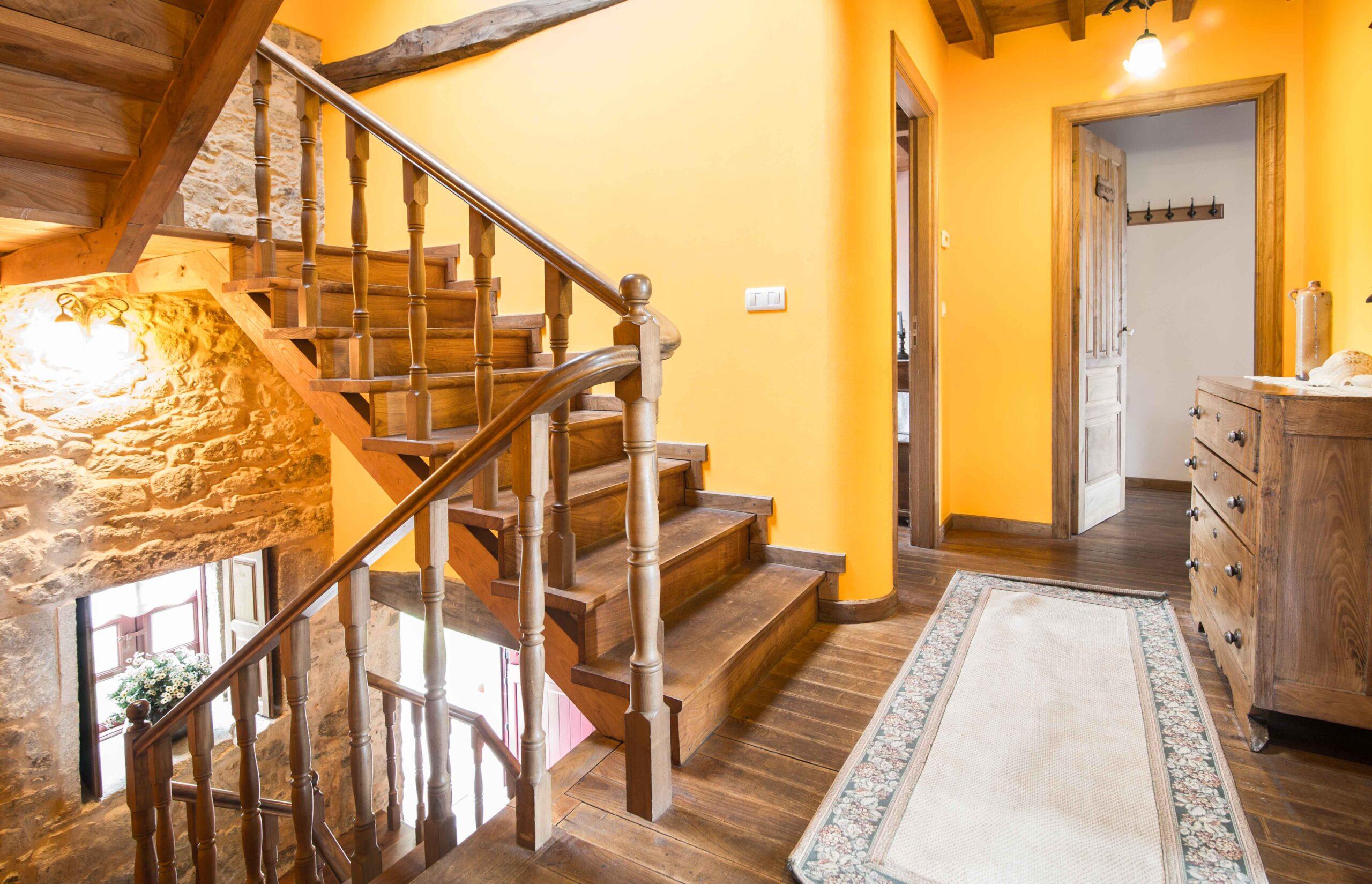 Vista escaleiras  - Casa de Roque (Outes - Galicia)